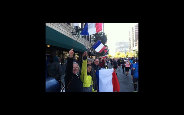 October 12, 2014. French cheering section at 2014 Chicago Marathon